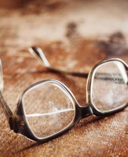 Brillenpflege