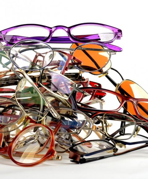 Brille zum Anzug