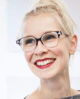 Laura Schlütz
