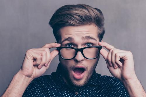 Die zeitlose Eleganz der Hornbrille - Ein Trendchamäleon